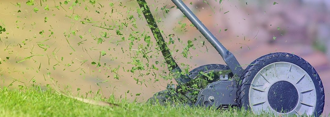 Should Mower Blades be Parallel?