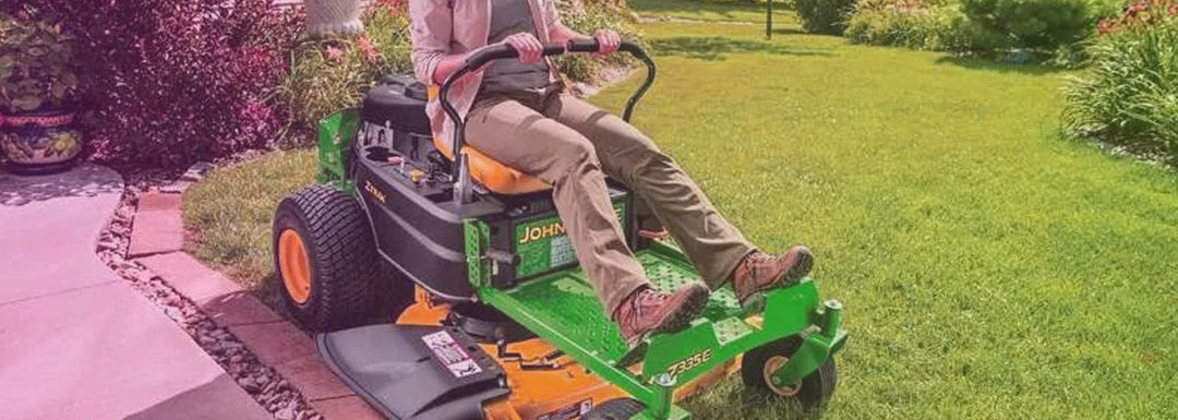 5 Best Riding Lawn Mower for Hills, Rough and Uneven Terrain – Reviews 2021