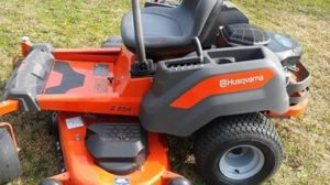 Physical outlook of Husqvarna Z254 riding lawn mower