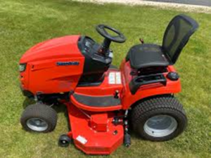 Physical Outlook of Simplicity Prestige Riding Lawn mower