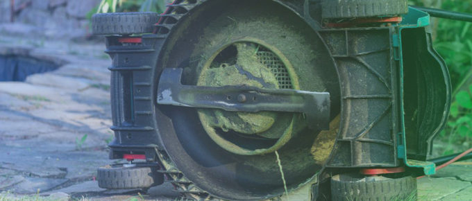 What are the Best Mulching Blades for John Deere? – 6 Top Picks of 2021